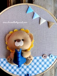 . Felt Kids, Felt Baby, Felt Wreath, Felt Garland, Felt Animal Patterns, Stuffed Animal Patterns, Felt Decorations, Handmade Decorations, Baby Crafts