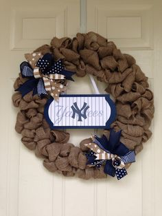 New York Yankees Burlap Weeath by Toobes on Etsy https://www.etsy.com/listing/232752197/new-york-yankees-burlap-weeath