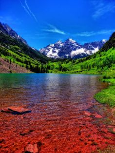 ✯ The Colors Of Maroon Bells In Summer