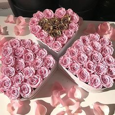 Uploaded by Cris Figueiredo. Find images and videos about pink, flowers and luxury on We Heart It - the app to get lost in what you love. Girl Birthday, Birthday Gifts, Surprise Birthday, Different Shades Of Pink, London Wedding, Flower Boxes, Beautiful Roses, Little Gifts, Girly Things