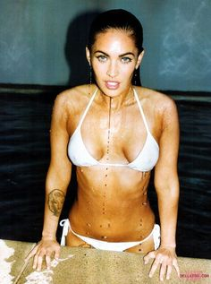 Megan Fox's Bikini Body is to DIE FOR