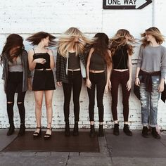 "Explore the collection of images ""I BESTIES I"" by ZAYRAH (zara_dawn) on We Heart It, your everyday app to get lost in what you love. Besties, Bestfriends, Best Friend Goals, Best Friends Forever, Squad Goals, Friend Pictures, Girl Gang, Look Cool, Belle Photo"