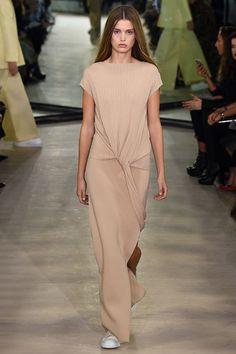 Joseph Spring 2016 Ready-to-Wear Collection Photos - Vogue: