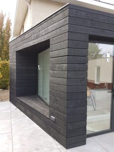 Für ein Projekt in Limburg There is nothing to do with Shou Sugi Ban… House Cladding, Timber Cladding, Exterior Cladding, House Siding, Exterior Signage, Modern Exterior, Exterior Design, Grey Exterior, Exterior Paint