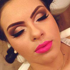 Resultado de imagem para maquiagens para festa com batom rosa