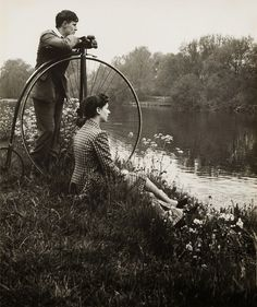 Vintage Sunday Day on the river, Photographed by Bill Brandt. This seems like a relaxing way to start Vintage Sunday, my thanks to Erotixx Man Ray, Bill Brandt Photography, Old Photography, Velo Vintage, Vintage Cycles, Old Pictures, Old Photos, Vintage Photographs, Vintage Photos