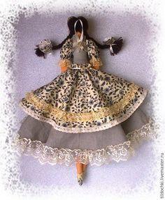 Хранительница домашнего очага. Кукла в стиле Тильда – купить или заказать в интернет-магазине на Ярмарке Мастеров | Интерьерная текстильная кукла в стиле Тильда…
