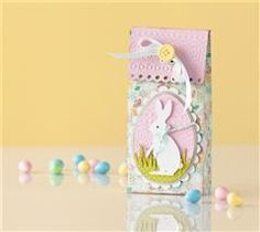 Your spring treats will look egg-stra cute dressed in this Easter treat bag!