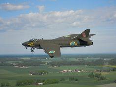 J 34 Hawker Hunter, Swedish Air Force Military Jets, Military Aircraft, Swedish Air Force, Metal Birds, Good Ol, Cold War, Hunters, Airplane, Scandinavian