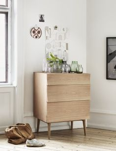 Reflect is a furniture series consisting of two sideboards and a drawer that pays homage to Scandinavian craftsmanship. A long lasting design classic, Reflect focuses on enhancing and presenting the structure of the wood in the optimal way. The carefully contoured shape of the furniture allows light to reflect along the  visible wood grains on its front.