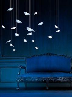 Blue | Blau | Bleu | Azul | Blå | Azul | 蓝色 | Color | Form | Texture | interior wall and chair