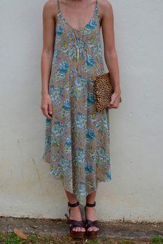 All Over Again Dress Bed Stu heels, Ceri Hoover clutch, floral dress. Adorable spring and summer look. -Studio 3:19