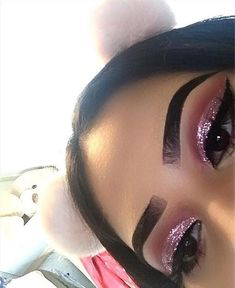 #makeup   Follow @glamprincesses for more