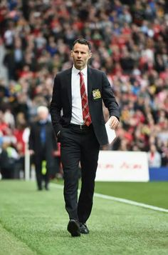 Louis van Gaal has spoken out about Ryan Giggs, former Manchester United player and assistant. Van Gaal believes that Giggs should be the next manager at Man Utd, what do you think?  Shop for MUFC kit and merchandise at http://www.soccerbox.com/manchester-united-football-shirts/ use coupon APR2015 and take 10% off.