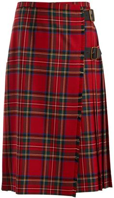 Shop Burberry Skirt and save up to EXPRESS international shipping! Tartan Fashion, Blackpink Fashion, Autumn Fashion, Fashion Outfits, Tartan Clothing, Scottish Clothing, Long Skirt Outfits, Cute Outfits, Red Skirts