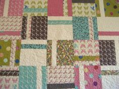 Cute simple pattern.   Use charm  squares?