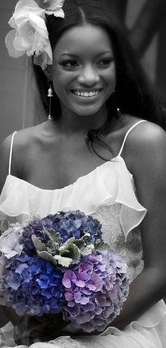 bride in black and white (Those are my flowers!!!! I'm so doing a pic like this!! I'm so in love)