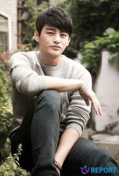 Seo In Guk, such a good man (looks and attitude with talents).