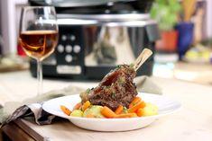 Friptură de miel cu rozmarin și morcovi copți