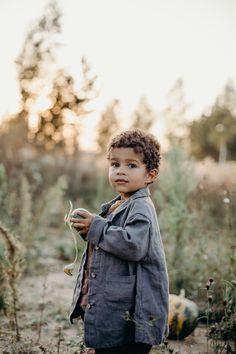 Linen Coat for Boys / in Dark Grey / more colors available Slow Fashion, Kids Fashion, Children Of Men, Winter Kids, Oeko Tex 100, Linen Pants, Writing Inspiration, Raisin, Kids Wear