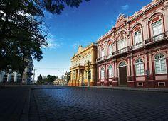 Cidade de Pelotas ...princesa do sul!     Localizada na região sul  do Rio Grande do Sul, é considerada uma das capitais regionais do Brasi...