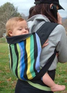 92d88b2b820 Urbana Kozy Carrier in a back carry - love the wavy stripes