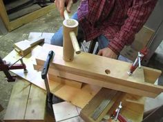 Making Wooden Nuts - This is without a doubt the best demonstration tutorial on how to make your own wooden screws.
