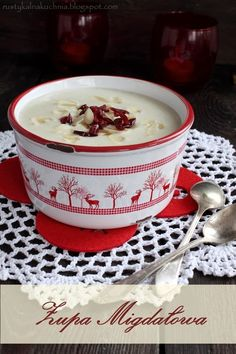 rustic kitchen - cooking at home: almond soup Cook At Home, Rustic Kitchen, Delish, Almond, Lunch, Dishes, Baking, Tableware, Chowders