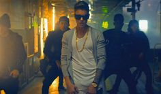 Money Team Mag Justin Bieber - Confident f. Chance the Rapper (Video) Justin Bieber Music Videos, Video Clips, Video Google, Chance The Rapper, Amazing Women, Cool Hairstyles, Hair Styles, Confident, Wallpapers