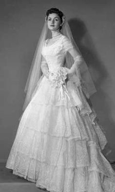 1950 Wedding Gown With Veil Early Vintage