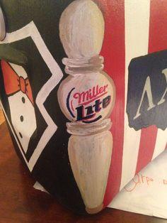 Side of cooler, beer tap, change to bud light Sorority Canvas, Sorority Life, Sorority Paddles, Sorority Crafts, Sorority Recruitment, Fraternity Coolers, Frat Coolers, Formal Cooler Ideas, Cooler Connection