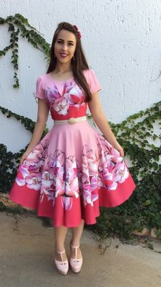 Modest Summer Outfits, Casual Outfits For Teens, Fall Floral Dress, Floral Jacket, Frock For Teens, Pretty Dresses, Beautiful Dresses, Dress Outfits, Fashion Outfits