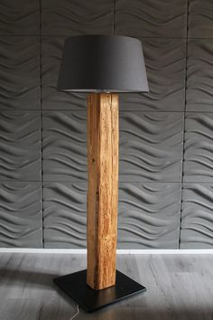 Stehlampe Stehleuchte Lamp Leucht Wohnzimmerlampe Standleuchte Lampenschirm Floor lamp made of old wood beams For rustic flair in your home - the old wood beams are brushed and painted Dimensions: Diy Floor Lamp, Wood Floor Lamp, Rustic Floor Lamps, Deco Luminaire, Candle Lamp, Room Lamp, Wooden Lamp, Old Wood, Antique Wood