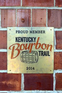 This Louisvilletravel guide will helpyou planyour weekend getaway to a historictownwith plenty ofbourbon, outdooractivities, and delicious southernfood! Why Louisville, you ask? Why NOT! It's a short drive from Columbus, it's known to be a fun little foodie city, it's affordable, and I had never been. Bourbon and BBQ?Sounds like a dreamy weekend getaway to me! I must say that I was shocked and frankly super impressedby the local food scene in little ol' Louisville. Nearly...Read…