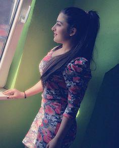 Webcam Live Show Hot Et Très Sexy ! Beautiful Girl Photo, Cute Girl Photo, The Most Beautiful Girl, Beautiful Asian Girls, Beautiful Women, Most Beautiful Indian Actress, Beautiful Actresses, Indian Girl Bikini, Girl Number For Friendship