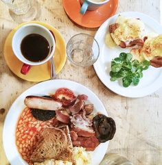 English breakfast (Breakfast Club, London)