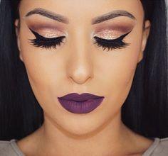 maquillaje con labios morados