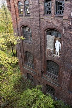 The Bizarre Street Art of Daan Botlek | Posted by CJWHO.com