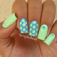 Green blue summer polka dot nailart #polkadot #nails #nailart #blue #green #summer