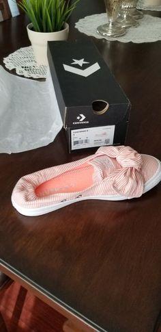 f680c93e1a9f women converse shoes size 7  fashion  clothing  shoes  accessories   unisexclothingshoesaccs
