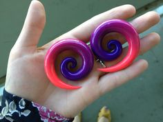 Custom Glossy Ombre Spiral Plugs 2g00g Any colors by OctoThrive, $20.00