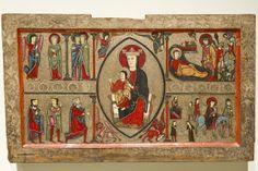 Pintura al temple sobre madera con relieves de estuco antiguamente cubiertos de corladura es obra de la segunda mitad del siglo XIII