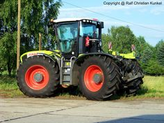 Quito, Cat Machines, New Tractor, Engin, Heavy Equipment, Trucks, Vehicles, Farms, Technology