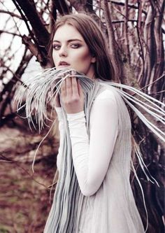 Faded Feminine Fashion - Reminiscences by Marta Macha for Kismet International is Delicate (GALLERY)