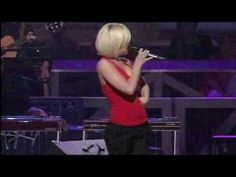 """Kellie Pickler - """"Nine To Five"""" live at the Grand Ole Opry"""