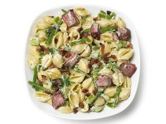 Pasta Salad With Steak, Bell Pepper, Green Beans and Bacon Recipe : Food Network Kitchens : Food Network - FoodNetwork.com - WWPP - 11
