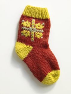 Free Knitting Pattern (@Lion Brand):  Duplicate Stitch Socks