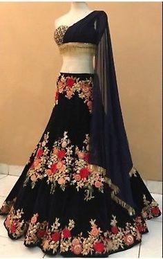 Explore from latest collection of lehengas online. Shop for lehenga choli, wedding lehengas, chaniya choli, ghagra choli & designer lehengas in variety of colors. Lehenga Choli, Robe Anarkali, Lehnga Dress, Black Lehenga, Indian Fashion Dresses, Indian Gowns Dresses, Indian Bridal Outfits, Indian Designer Outfits, Vestidos