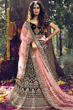 Wine velvet semi stitch lehenga with velvet choli. This lehenga choli is embellished with zari, stone and dori work. Product are available in 32 to 58 sizes. It is perfect for Bridal Wear. #wine #indian #bridal #lehanga #choli# Andaazfashion #USA Lehenga Choli Online, Bridal Lehenga Choli, Indian Lehenga, Net Lehenga, Wedding Sarees, Bollywood Lehenga, Party Wear, Model, How To Wear