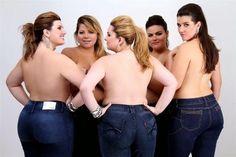 Plus Size Jeans that Fit. Andrea Boschim, Simone Fiúza, Bianca Raya, Mayara Russi e Celina Lulai wearing Plus size jeans Looks Plus Size, Curvy Plus Size, Moda Plus Size, Plus Size Women, Curvy Fashion, Plus Size Fashion, Best Plus Size Jeans, Jeans Size, Estilo Miami